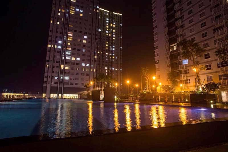 Hồ bơi tại Sunrise City
