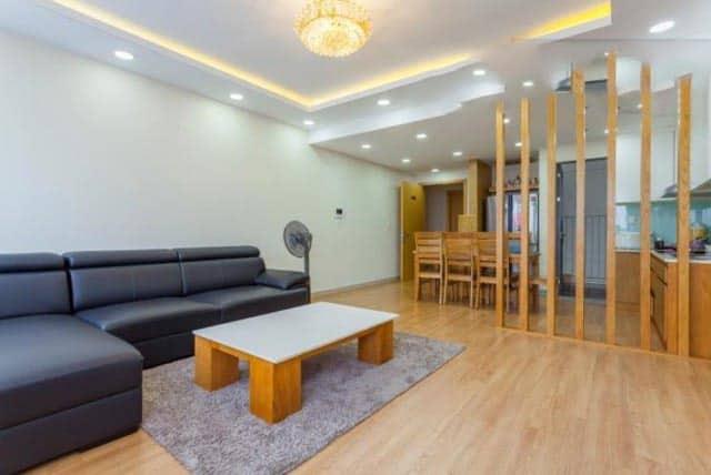 Phòng khách lớn căn 3 phòng ngủ Masteri Millennium