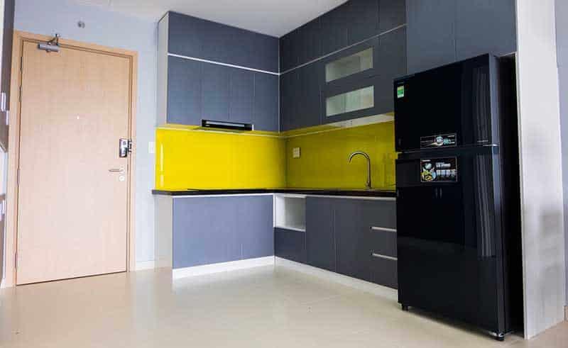 Bếp mở căn M One 2 phòng ngủ