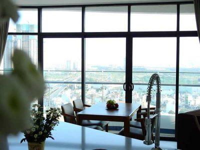 View nhìn từ phòng khách căn hộ City Garden 2 phòng ngủ