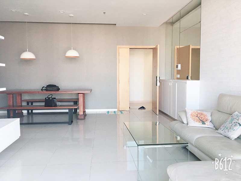 Phòng khách căn hộ Sarimi 2 phòng ngủ