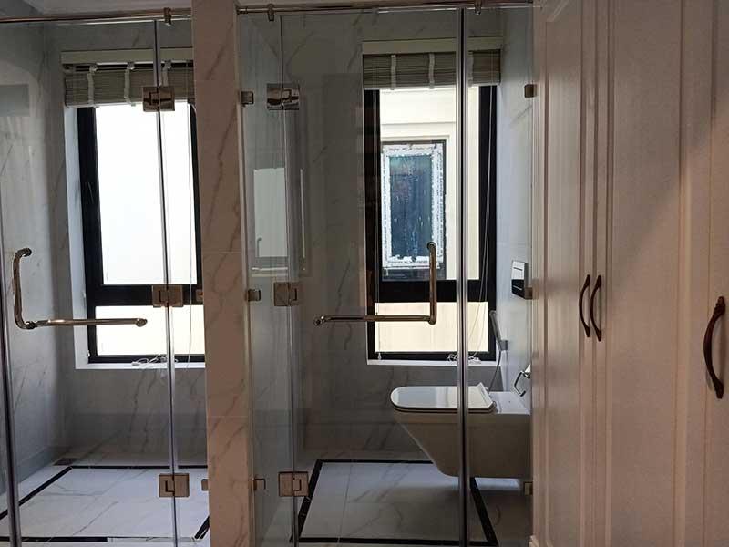 Toilet căn hộ Vinhomes Bason