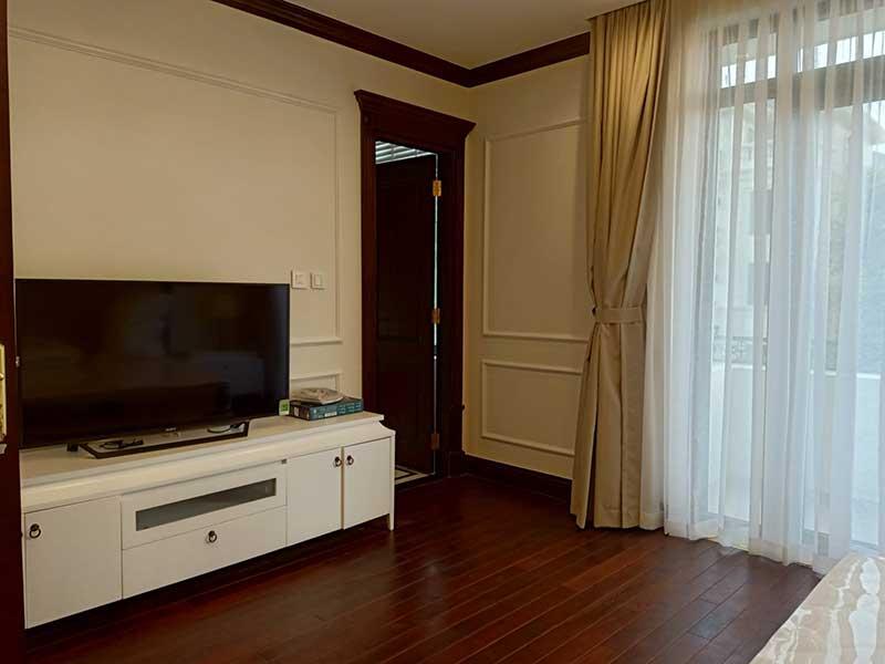 Phòng ngủ Master trong biệt thự Vinhomes Golden Rỉver