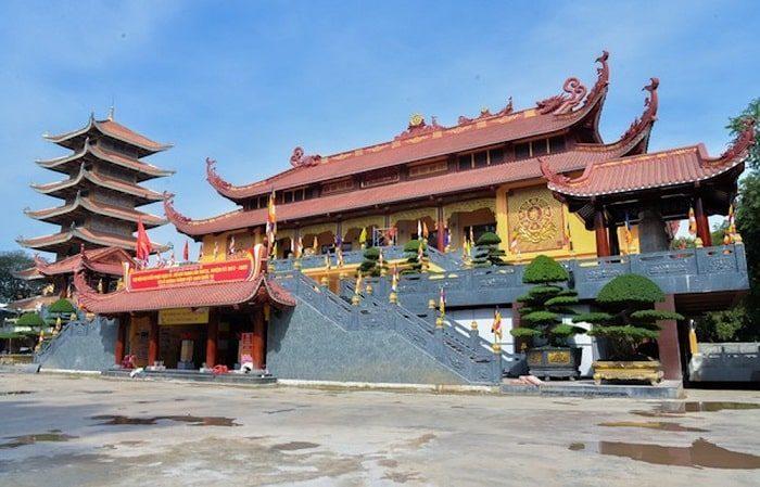 ngôi chùa việt nam quốc tự