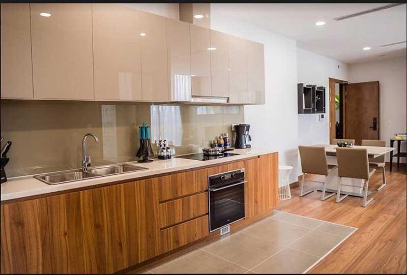 Phòng bếp với trang thiết bị cao cấp