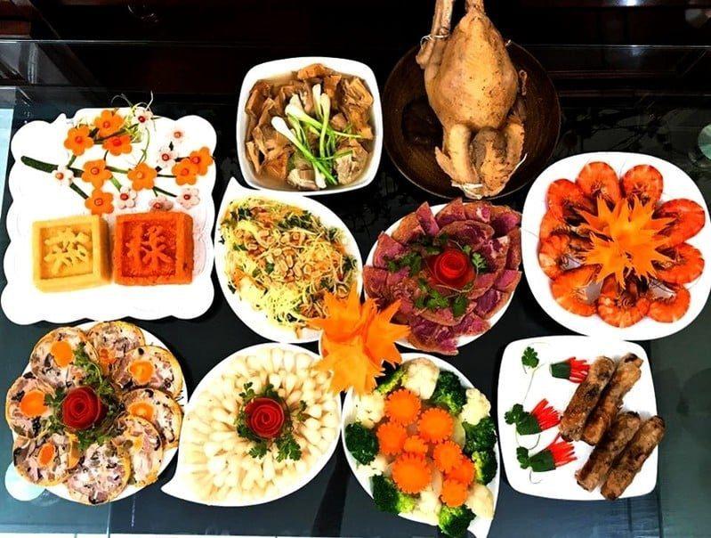 Mâm cỗ bàn ngày lễ tết
