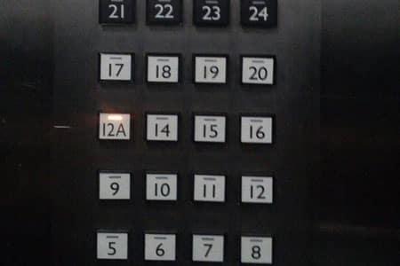 tại sao thang máy không có tầng số 4 và số 13
