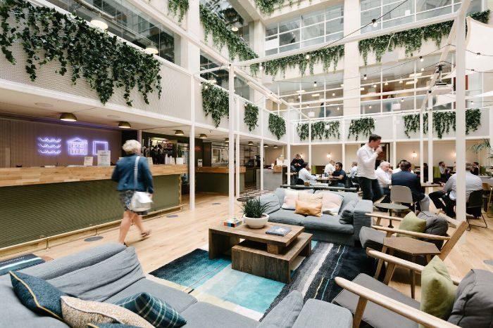 Không gian văn phòng đầy đủ tiện nghi theo tiêu chuẩn