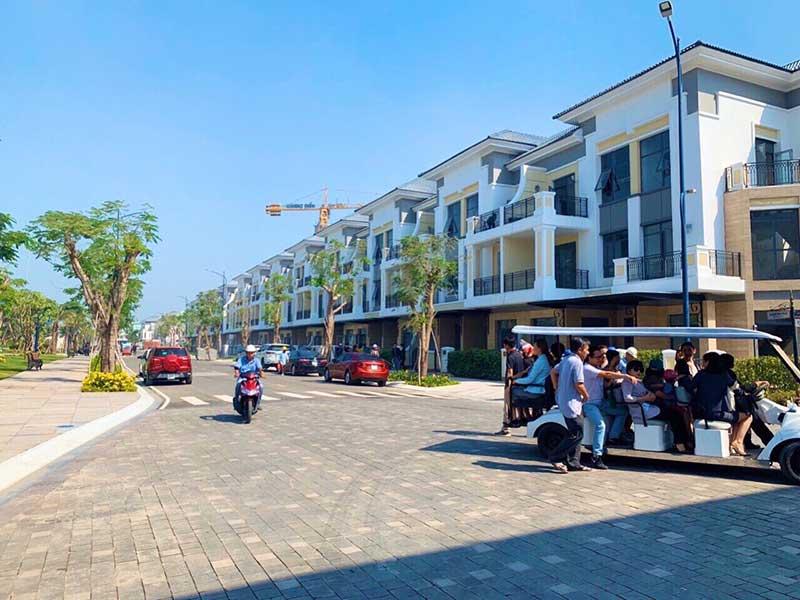 nha-pho-verosa-park-khang-dien-4