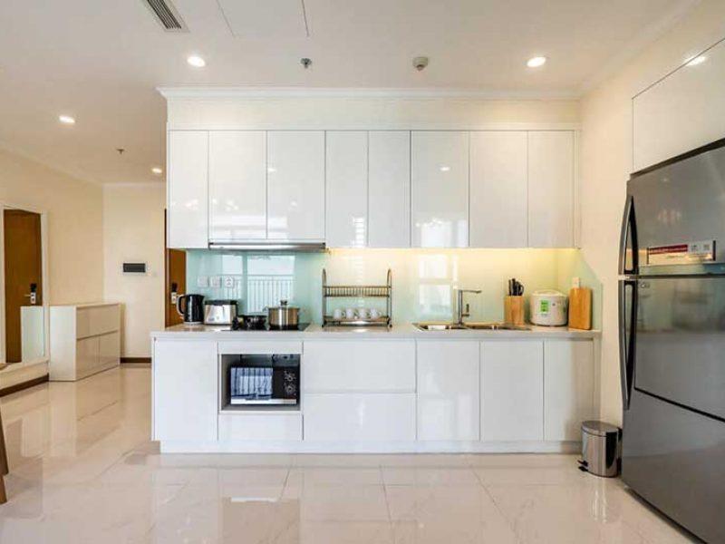 Phòng bếp thuê căn hộ vinhomes central park