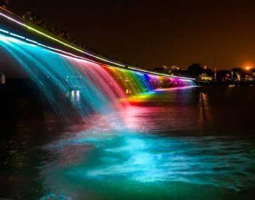 Cầu Ánh Sao quận 7 - Địa điểm vui chơi lung linh sắc màu